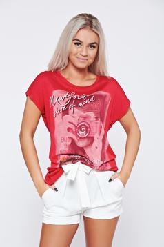 Tricou casual din bumbac rosu cu print
