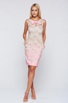 Rochie Fofy rosa eleganta fara maneci accesorizata cu o fundita