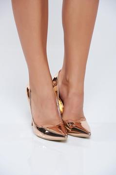 Pantofi eleganti cu toc inalt rosa cu aspect metalic