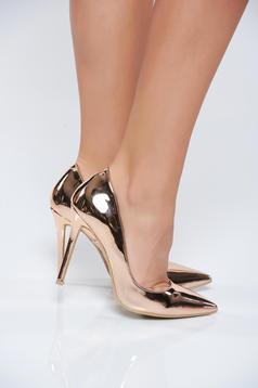 Pantofi stiletto rosa elegant cu toc inalt cu aspect metalic