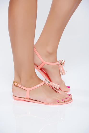 Sandale portocalii casual cu talpa joasa cu franjuri accesorizata cu o catarama metalica