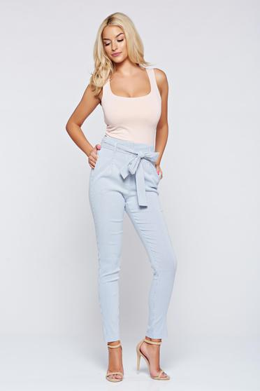 Pantaloni Top Secret albi casual cu talie medie cu buzunare