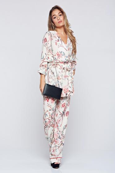 Kimono PrettyGirl alb cu croi larg accesorizat cu cordon