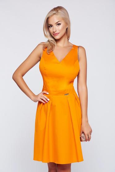 Rochie PrettyGirl portocalie casual in clos fara maneci