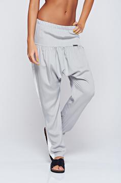 Pantaloni PrettyGirl gri casual cu elastic in talie