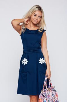 Rochie LaDonna albastru-inchis brodata din bumbac in clos