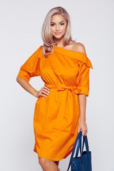 Rochie PrettyGirl portocalie casual cu croi larg accesorizata cu cordon