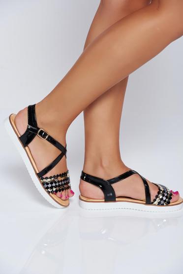 Sandale negre casual cu talpa joasa cu aplicatii cu sclipici