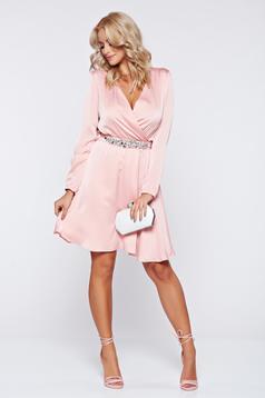 Rochie StarShinerS rosa de ocazie cu maneca lunga cu pietre strass
