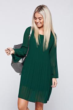 Rochie verde eleganta din material vaporos cu croi larg