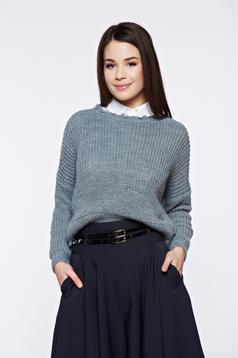 Pulover gri casual tricotat cu tiv decupat