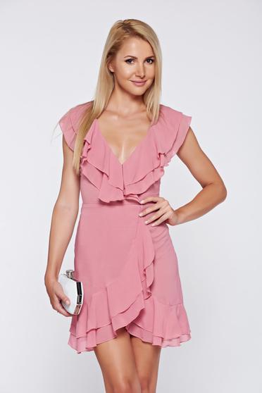 Rochie rosa eleganta petrecuta din voal cu decolteu