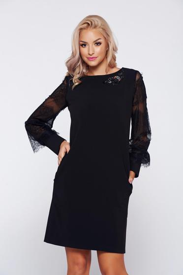 Rochie LaDonna neagra eleganta cu croi larg cu maneci din dantela