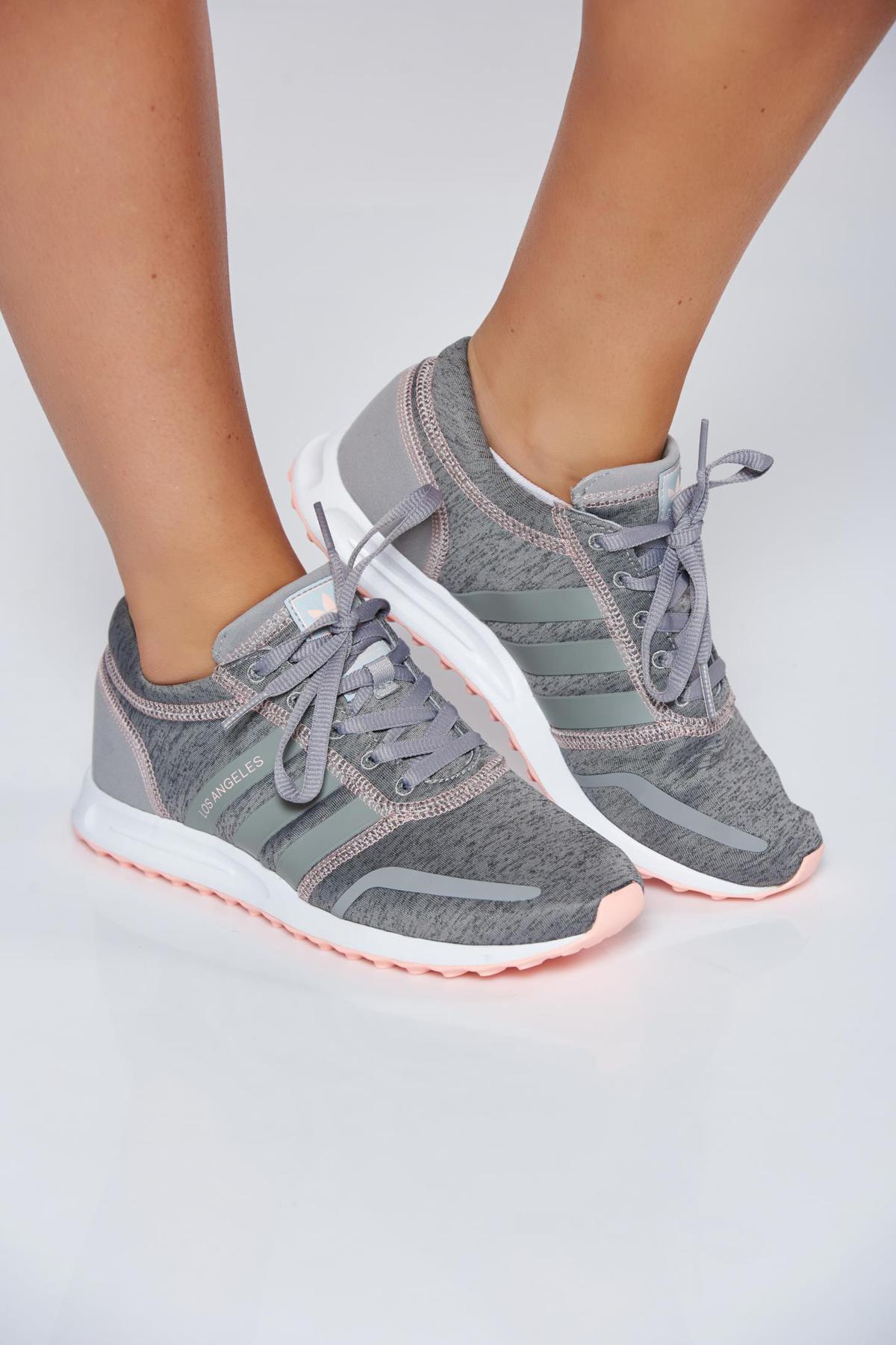 Pantofi sport Adidas Originals gri casual cu talpa usoara cu siret