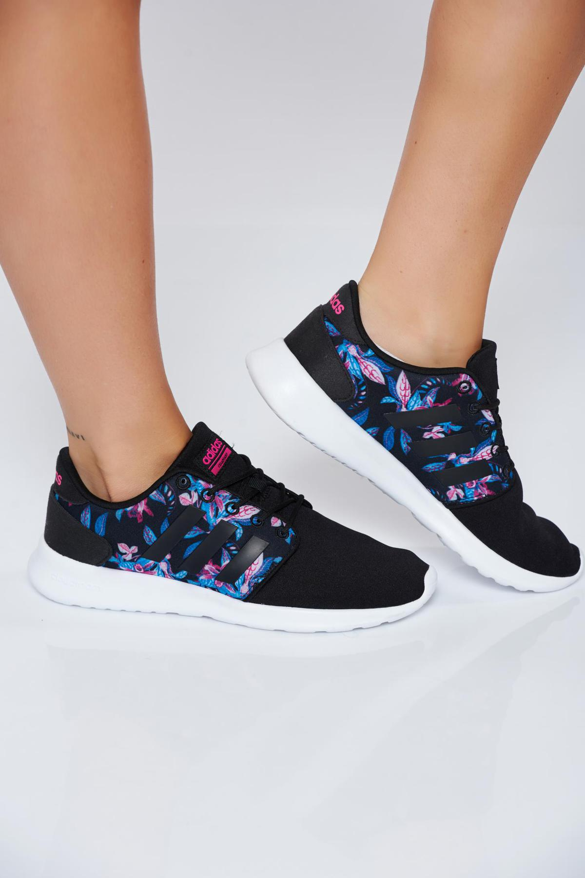 Pantofi sport Adidas Originals negri casual cu talpa joasa cu siret