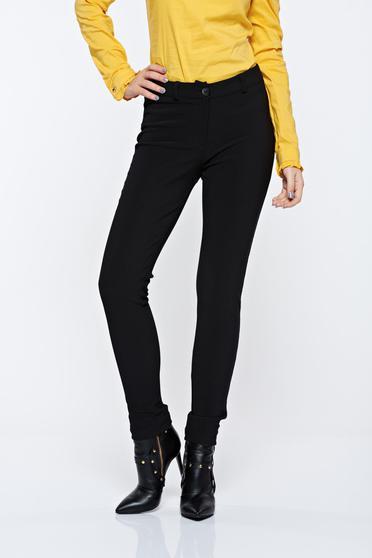 poze cu Pantaloni PrettyGirl negri casual conici cu talie medie