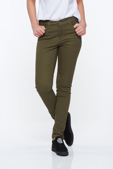 Pantaloni Top Secret khaki casual cu talie medie din bumbac elastic cu buzunare