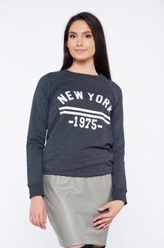 Bluza dama gri-inchis Top Secret cu croi larg cu maneci lungi