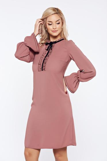 Rochie LaDonna rosa office eleganta cu volanase la maneca