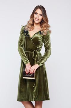 Rochie verde LaDonna de ocazie petrecuta catifea cu aplicatii florale