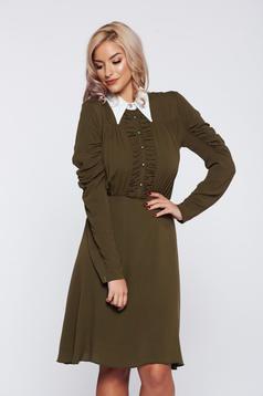 Rochie PrettyGirl verde-inchis eleganta de zi cu guler ascutit aspect creponat