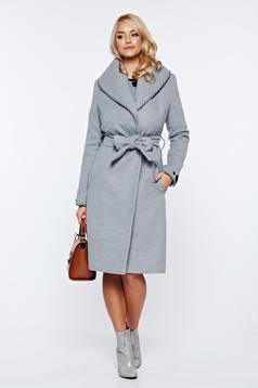 Palton LaDonna gri elegant din lana in clos brodat accesorizat cu cordon