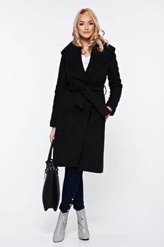 Palton LaDonna negru elegant din lana in clos brodat accesorizat cu cordon