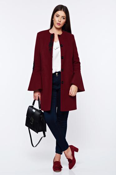 Palton LaDonna visiniu elegant drept brodat din lana