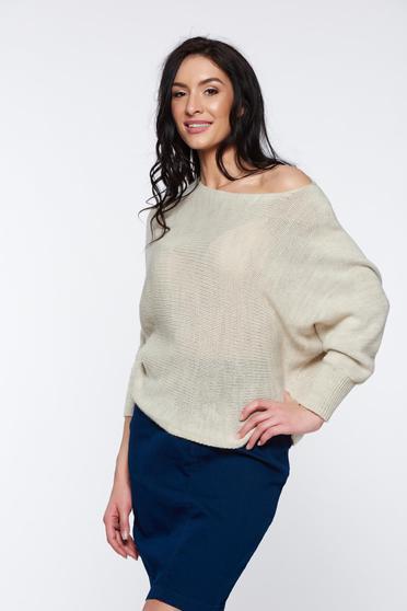 Pulover crem casual tricotat cu croi larg