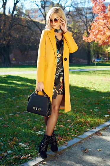 Palton LaDonna galben basic din lana drept cu buzunare