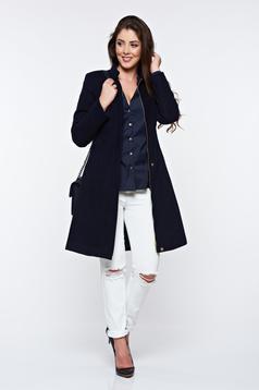 Palton LaDonna albastru-inchis casual din stofa captusit pe interior cu buzunare si umerii buretati