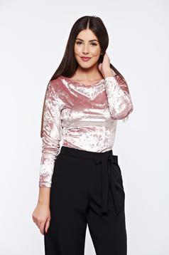 Bluza dama StarShinerS rosa eleganta din catifea cu guler barcuta