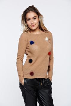 Pulover PrettyGirl crem casual tricotat cu insertii cu blana ecologica