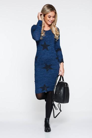 Rochie PrettyGirl albastra-inchis casual midi cu un croi mulat din material tricotat captusita pe interior
