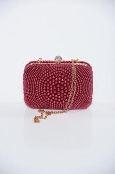 Geanta dama rosie de ocazie cu aplicatii cu perle accesorizata cu lantisor