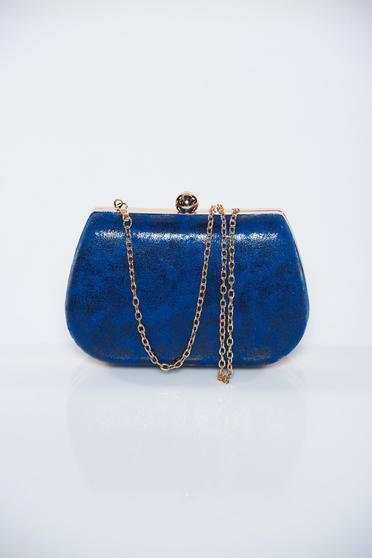 Geanta dama albastra de ocazie cu aspect metalic cu accesoriu metalic