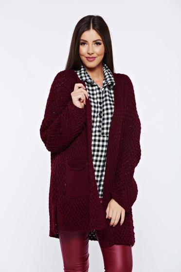 Cardigan visiniu tricotat cu buzunare in fata