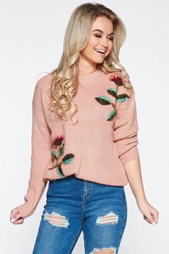 Pulover rosa casual cu croi larg din material tricotat cu broderie