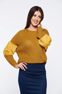 Pulover galben casual tricotat cu maneca lunga cu insertii cu blana ecologica