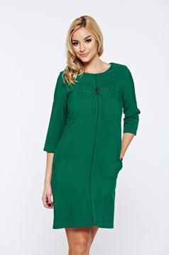 Rochie LaDonna verde de zi cu croi larg cu insertii de broderie