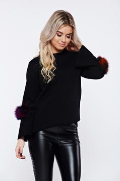 Pulover negru casual tricotat cu insertii cu blana ecologica
