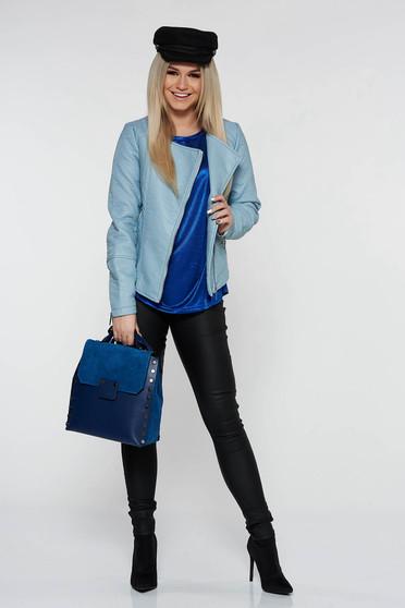 Bluza dama Top Secret albastra-inchis casual cu croi larg din material lucios usor elastic