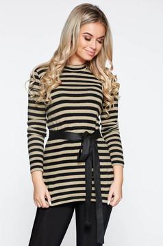 Pulover PrettyGirl crem casual tricotat cu dungi accesorizat cu cordon