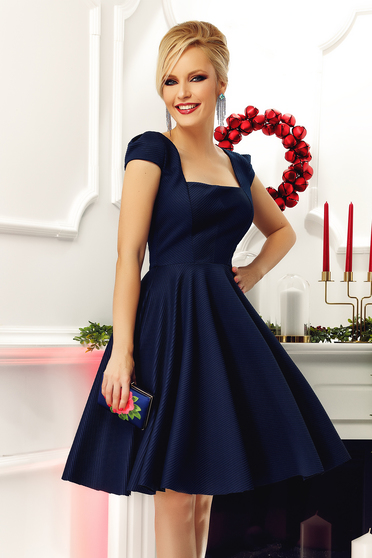 Rochie Fofy albastra-inchis eleganta in clos cu maneca scurta