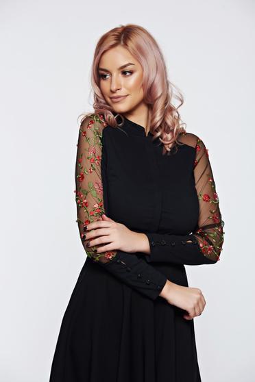 Camasa dama Fofy neagra eleganta din bumbac cu insertii de broderie