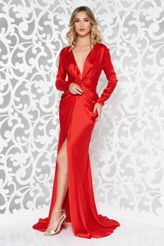 Rochie Ana Radu rosie de lux tip sirena din material satinat cu decolteu adanc accesorizata cu cordon