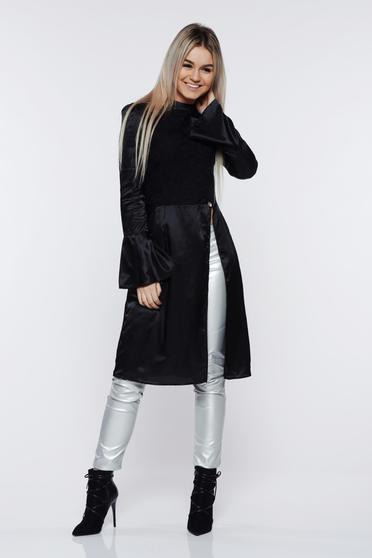 Bluza dama PrettyGirl neagra eleganta din material satinat cu maneci clopot