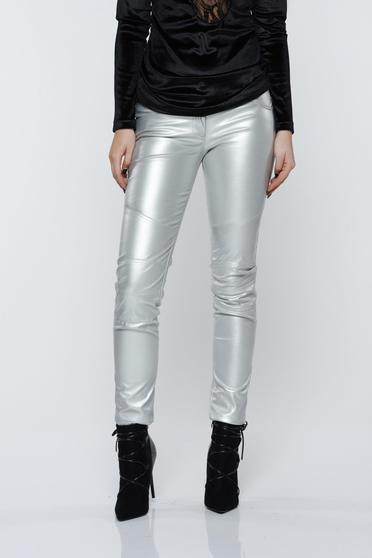 Pantaloni Ocassion argintii casual cu talie medie cu aspect metalic