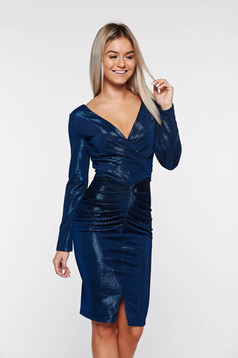 Rochie Artista albastra-inchis de ocazie cu decolteu in v din material lucios captusita pe interior