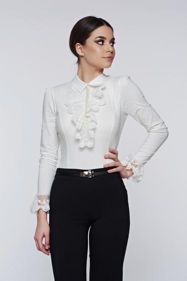 Camasa dama Fofy alba eleganta din bumbac elastic cu aplicatii de dantela